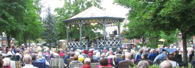 Big crowds come out for Lynn's Sunday Concerts in Gore Park