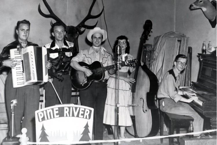 The Pine River Troubadors (cirac 1950's)
