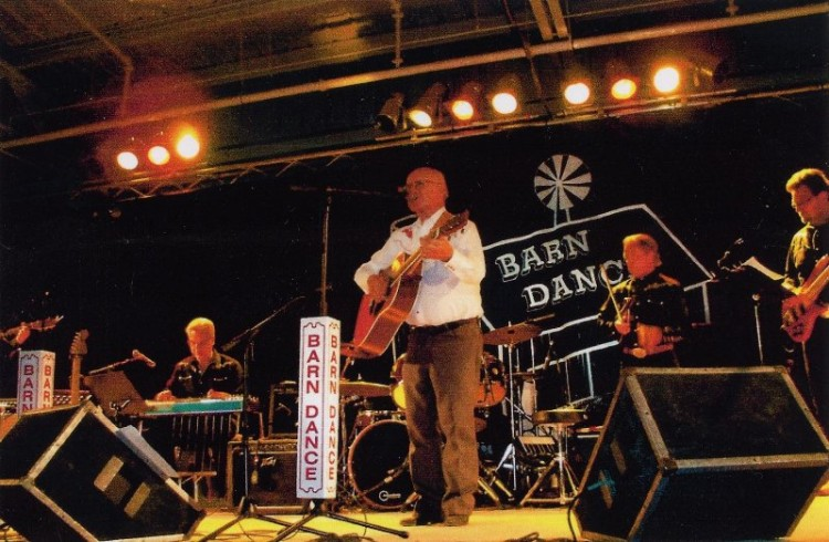 Lynn Russwurm on The Barn Dance (2014)