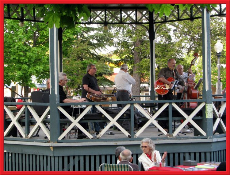 Lance and Lynn on stage at Gore Park with Grant Heywood, Doug Dietrich, Stan Taylor, Shirley Russwurm